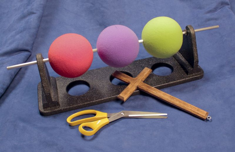 Three-Ball-Illustration-small_-_showing_scale