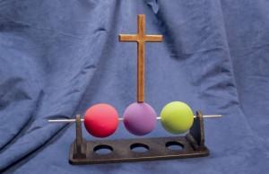 Three-Ball-Illustrationl_02_cross_attached_-_reduced