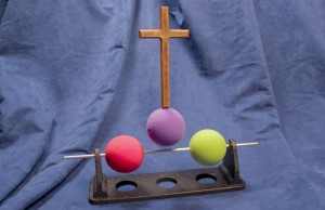 Three-Ball-Illustrationl_03_cross_raised_-_reduced